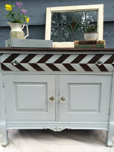 antique-herringbone-painted-dresser