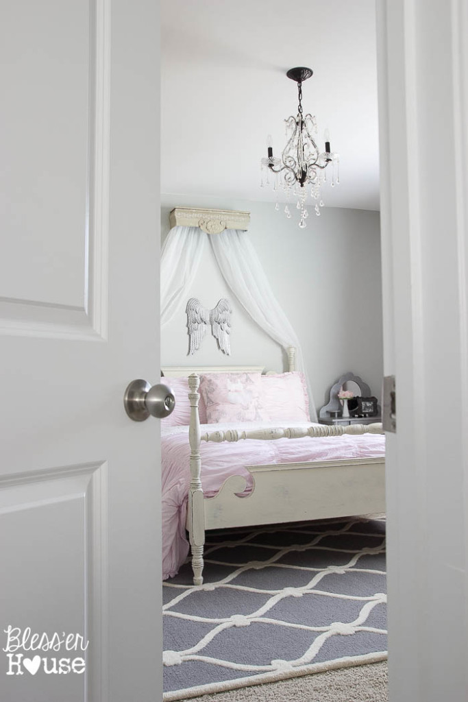 Ballerina-Girl-Bedroom-Makeover-1-of-23-683x1024