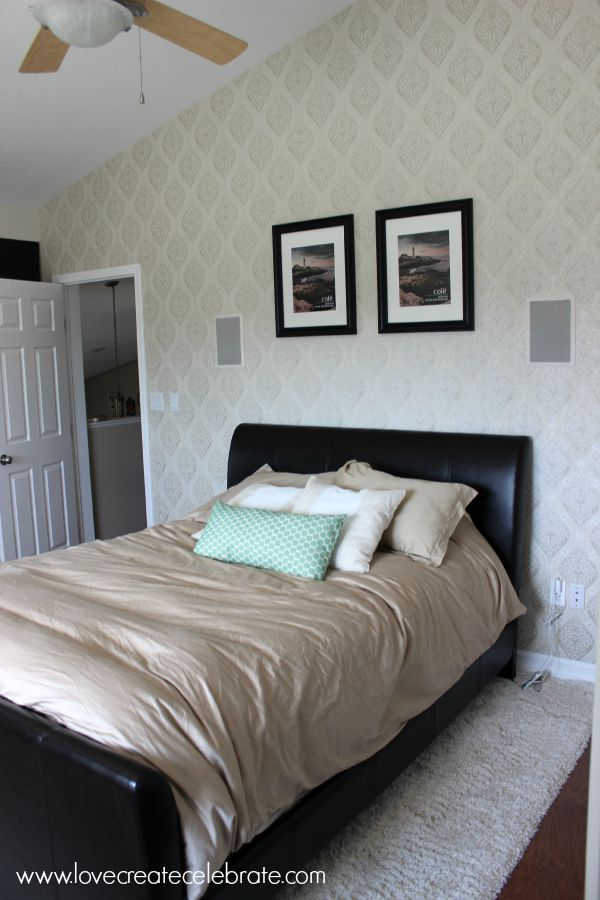 Master-Bedroom-Wallpaper-sideview