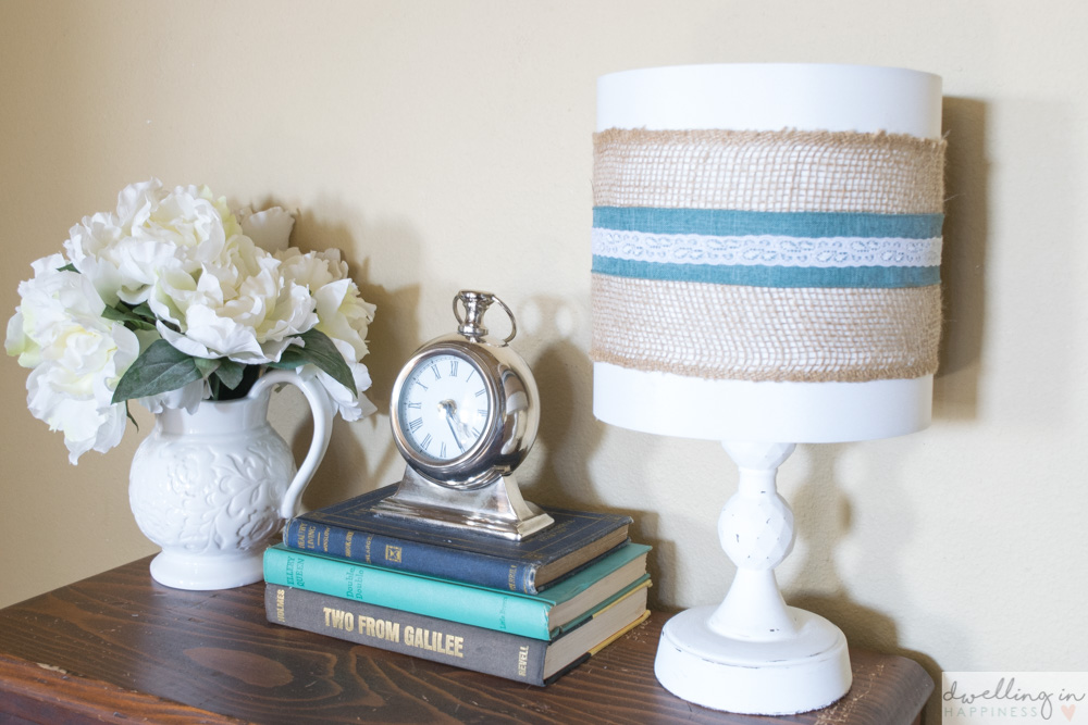 Quick and Easy Farmhouse Style Burlap Lampshade // Dwelling in Happiness