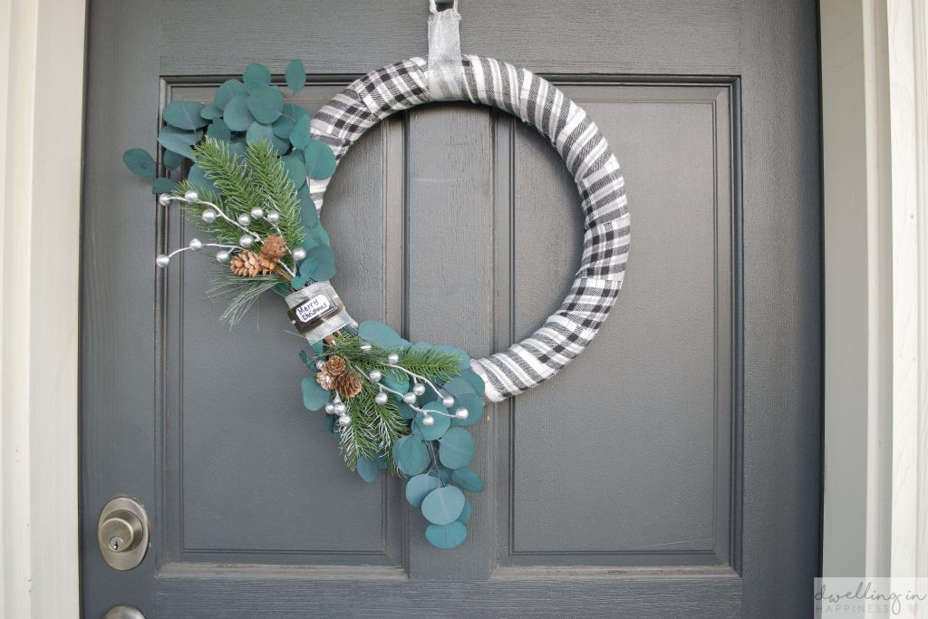 Quick and Easy Farmhouse Winter Wreath // Dwelling in Happiness